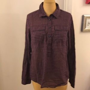 💥Gap💥 100% Cotton plaid half button down shirt